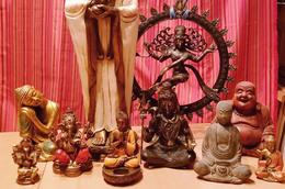 Damaï Perpignan vend des statues de divinités zen