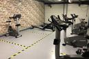 Salle de sport Saint Charles Perpignan L'Orange bleue et son espace Musculation avec de nombreuses machines