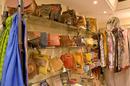 L'Anaconda Perpignan vend des accessoires de mode en centre-ville(® SAAM S.Delchambre)
