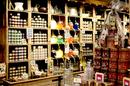 Le Comptoir de Mathilde près de Perpignan vend des produits artisanaux.(® SAAM stephane Delchambre)