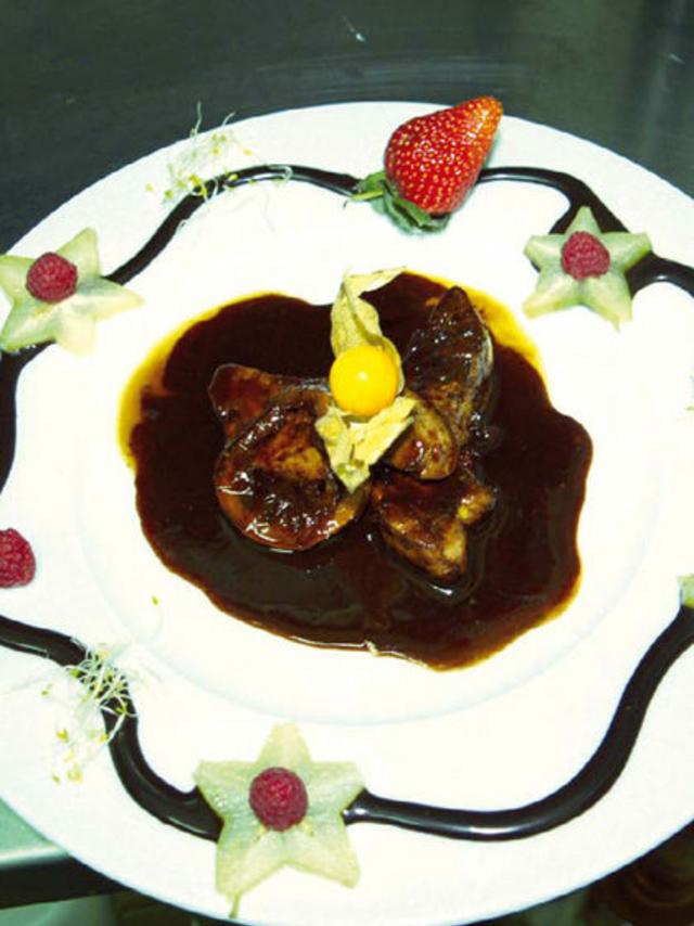 Lou Grilladou Perpignan présente le Foie gras de canard au cacao et citron confit