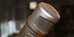 Micro Radio Littoral FM émettant sur Perpignan sur le 102.0 et sur Narbonne sur le 95.9 ( ® littoral fm)